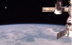 ロシアのプログレス補給船、ISSへのドッキングに成功 画像