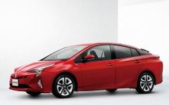 【トヨタ プリウス 新型】燃費は40km/Lへ、初の4WDも登場 画像