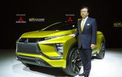 【東京モーターショー15】三菱自 相川社長「新EVコンセプトは1歩先に踏み出せる走り」 画像