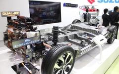 【東京モーターショー15】スズキ、フルハイブリッドを開発中…シャーシを展示 画像