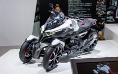 【東京モーターショー15】ホンダ ネオウイング…ハイブリッド3輪コンセプト[詳細画像] 画像