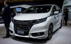 【東京モーターショー15】ホンダ オデッセイ ハイブリッド 登場 、ガソリン車との違いとは? 画像