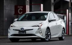 【トヨタ プリウス 新型】「もっといいクルマ」に、新開発のTNGAを採用[写真蔵] 画像