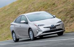 【トヨタ プリウス 新型】エントリー車も40km/リットルの最高燃費に 画像