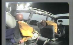 後部座席シートベルト着用率、一般道では3台に1台…JAF 警察庁調べ 画像