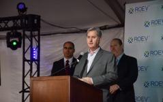 【ロサンゼルスモーターショー15】EV産業組合「ROEV」創設…米国内の充電施設を一つのネットワークに 画像