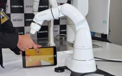 デンソーウェーブ、人と一緒に作業するロボット「COBOTTA」を初公開 画像