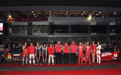 【ニスモフェスティバル15】新旧 日産マシンが富士に集結…SUPER GT両クラス制覇を報告 画像