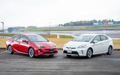 【トヨタ プリウス 新型】新旧比較試乗、注目は燃費よりシャシー性能 画像