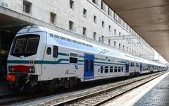 日立、イタリアの鉄道会社から2階建て車136両を受注 画像