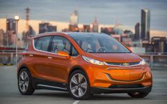 【CES16】GMの小型EV、ボルト …量産モデルを初公開へ 画像
