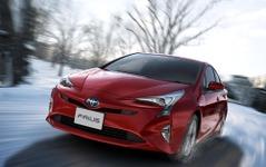 新車登録ランキング、新型効果で プリウス が2年半ぶり首位…12月車名別 画像