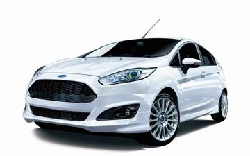 フォード フィエスタ に限定モデル、ブラックのハニカムグリルを装着 画像
