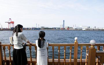 ジェット燃料や穀物のタンク、製鉄所の炎…千葉港クルーズで海から[フォトレポート] 画像