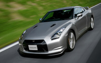 【リコール】日産 GT-R R35 など、ポップアップエンジンフードに不具合 画像