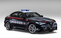 アルファロメオ ジュリア 新型、イタリア警察に配備…510馬力ターボ仕様 画像