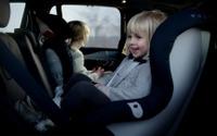 ボルボ、新世代チャイルドシート3機種を欧州で発表 画像