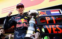 【F1 スペインGP】フェルスタッペンが史上最年少で初優勝…メルセデスはまさかの同士討ち 画像