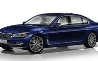 BMW 7シリーズ 新型、限定100台の100周年記念車…610馬力に強化 画像