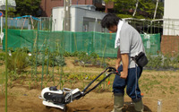 お手軽だけじゃない、耕した土もフワフワに…ホンダのコンパクト耕うん機「ピアンタ」試してみた 画像