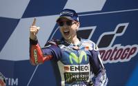 【MotoGP 第6戦イタリア】わずか0.019秒差、ロレンソがゴール直前で逆転勝利 画像