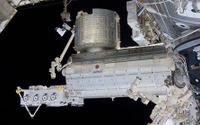 JAXA、ISS「きぼう」の利用状況を公表…米国の超小型衛星「NRCSD#8」を放出 画像