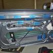 部分的に制振材(レアルシルト)が施工されている、ドア内部の様子。