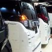 トヨタ『ヴェルファイア』『アルファード』のトータルドレスアップキット「シルクブレイズ」シリーズ3台、「グレンツェン」シリーズを2台、横一列に並べて展示したケースペックグループ(東京オートサロン2016/1月15日/幕張メッセ)