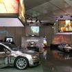 ボーズが車載オーディオの新たなプロダクトラインを紹介する場として用意した会場はスタジオ風
