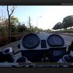 タンクの上に固定した映像も撮影してみた。バイクと一目でわかるという意味では一番いい。