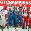 03年JGTC・SUGO戦、GT500クラスの表彰式。脇阪(中央右)が優勝、本山(最右)は3位だった。