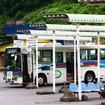 万座・鹿沢口駅に到着した軽井沢駅行き西武高原バス、2012年夏ごろ