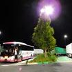 ウィラーエクスプレスによる東京~大阪間の夜行バスは、高速道のSAやPAで2回休憩する
