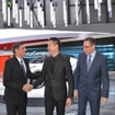 ジュネーブモーターショー16 左よりトヨタ・モーター・ヨーロッパのCEOであるヨハン・ファン・ゼイル氏、TOYOTA C-HRのチーフエンジニアである古場氏、トヨタ・モーター・ヨーロッパの副社長カール・シュリヒト氏