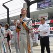トヨタ勢を代表し、デモレース前に挨拶する石浦宏明。