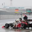 鈴鹿公式テスト初日は雨に(#05 はホンダのテストカー)。