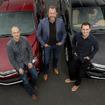 GM:ダン・アマン(中央)、Lyft共同創業者:ジョン・ジマー氏(右)、ローガン・グリーン氏(左)