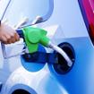 軽油の給油(イメージ)