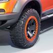 空気圧を低くしてもタイヤが外れない18インチのビードロックホイールを採用