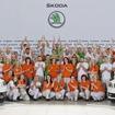 現行の3世代目シュコダオクタビアの累計生産台数が100万台に到達