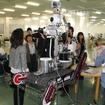 福島原発に投入された国産ロボットの「Quince」。独立行政法人新エネルギー・産業技術総合開発機構のもと、国際レスキューシステム研究機構、東北大、千葉工大が開発した