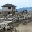 東日本大震災発生から5か月。地盤沈下により広範囲で水が上がってきている。石巻市南浜町付近