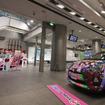アムラックス東京、アニメ「ラブライブ!」の公式痛車を展示