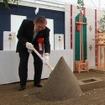 京都鉄道博物館の安全祈願祭に出席したJR西日本の真鍋社長。2016年春のオープンを目指す。