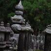 高野山の随所にこのような五輪塔が。