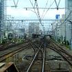 「快速山梨富士4号」は錦糸町駅の手前で中央・総武緩行線から総武快速線に移る(別日に撮影)