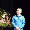 ホールを通って登場した若田宇宙飛行士