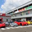 左からフェラーリ・エンツォ、F50、599GTO、エンツォ