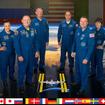 第42次長期滞在クルー6人。ロシアで4番目の女性宇宙飛行士エレーナ・セロワさん、イタリア初の女性宇宙飛行士、サマンサ・クリストフォレッティさんらが活動する。