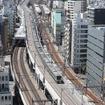 上野東京ラインは北陸新幹線延伸開業と同じ2015年3月14日から運転を開始。宇都宮線・高崎線と東海道線の直通運転が行われる。写真は上野東京ライン用の線路として整備された東北縦貫線を走る試運転列車。